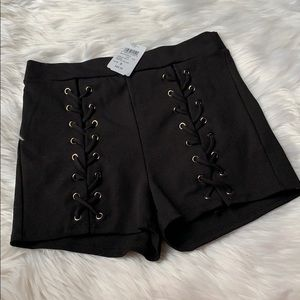 Windsor Thigh Lace Up Shorts